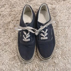 vintage well worn navy blue vans ✨💋